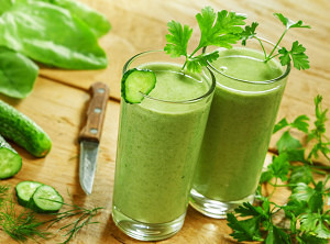 Green-Smoothies-Maken-300x222